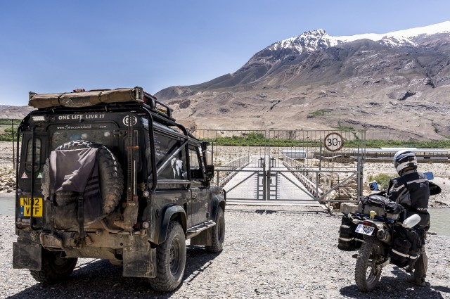 052Afghanistan_Border