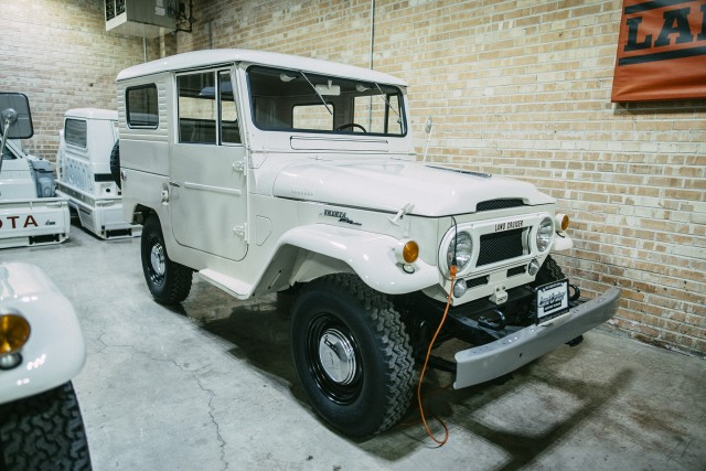 5 LC Museum Early FJ40