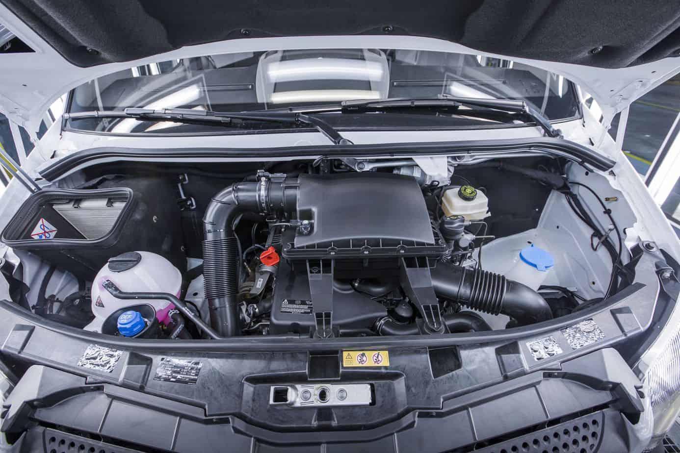 Mercedes benz announces new sprinter worker van for Mercedes benz sprinter engine