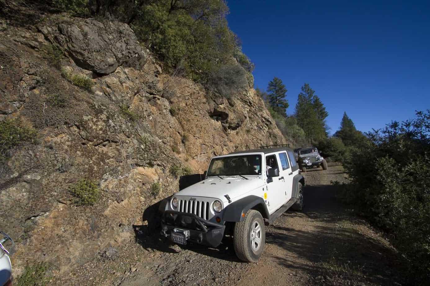 Sierra Trek Historic - SUV  001