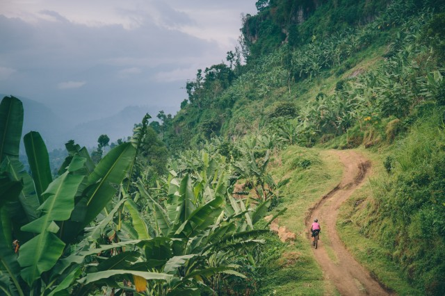 bikepacking-uganda-rwanda-15