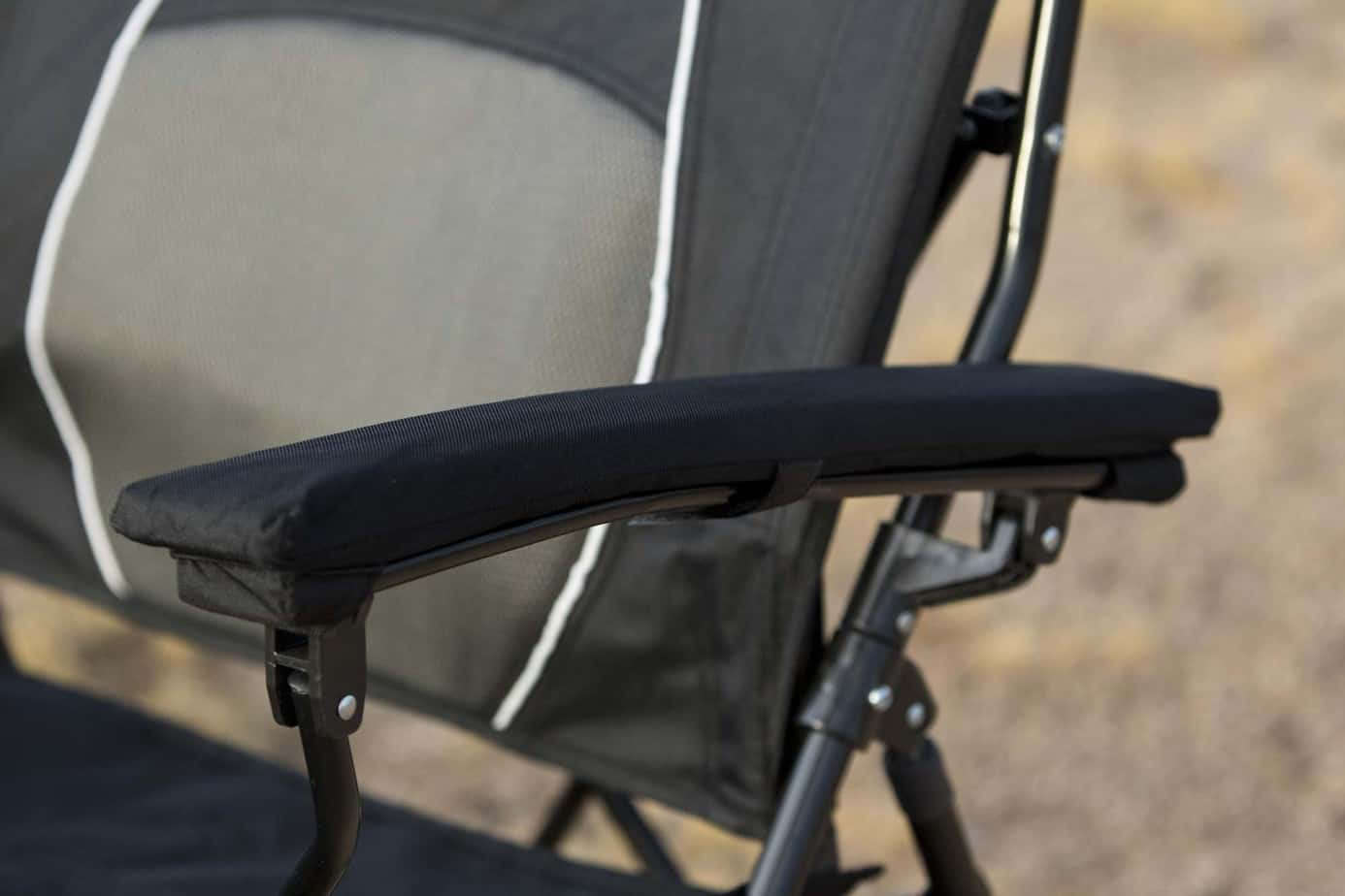 Strongback Chair 003