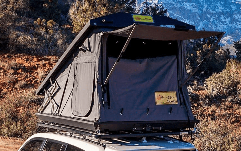 4 person hard shell roof top tent