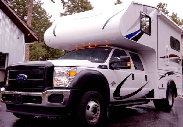 2016 Host Custom Expedition Camper 4X4 4 season   Expedition