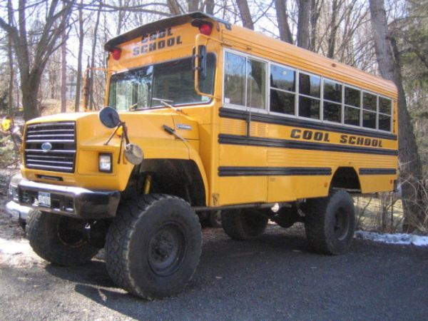 4x4 School Bus 4000 Expedition Portal