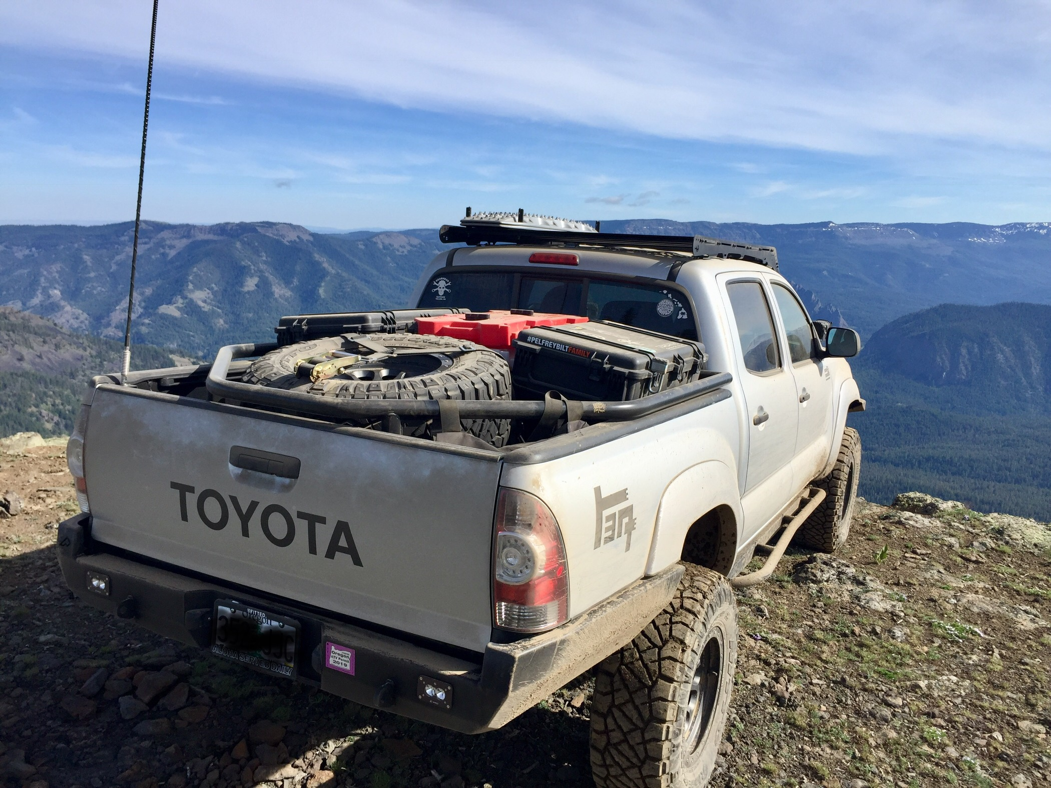 Custom 2nd Gen Toyota Tacoma DCSB bed rack | Expedition Portal
