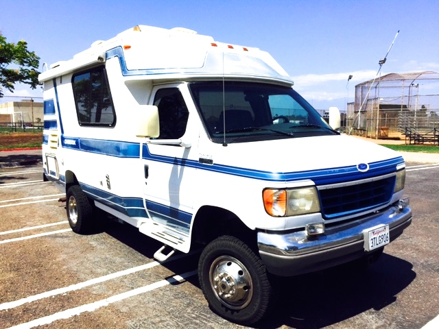 1996 Ford Chinook 4x4 21' RV For Sale in San Diego