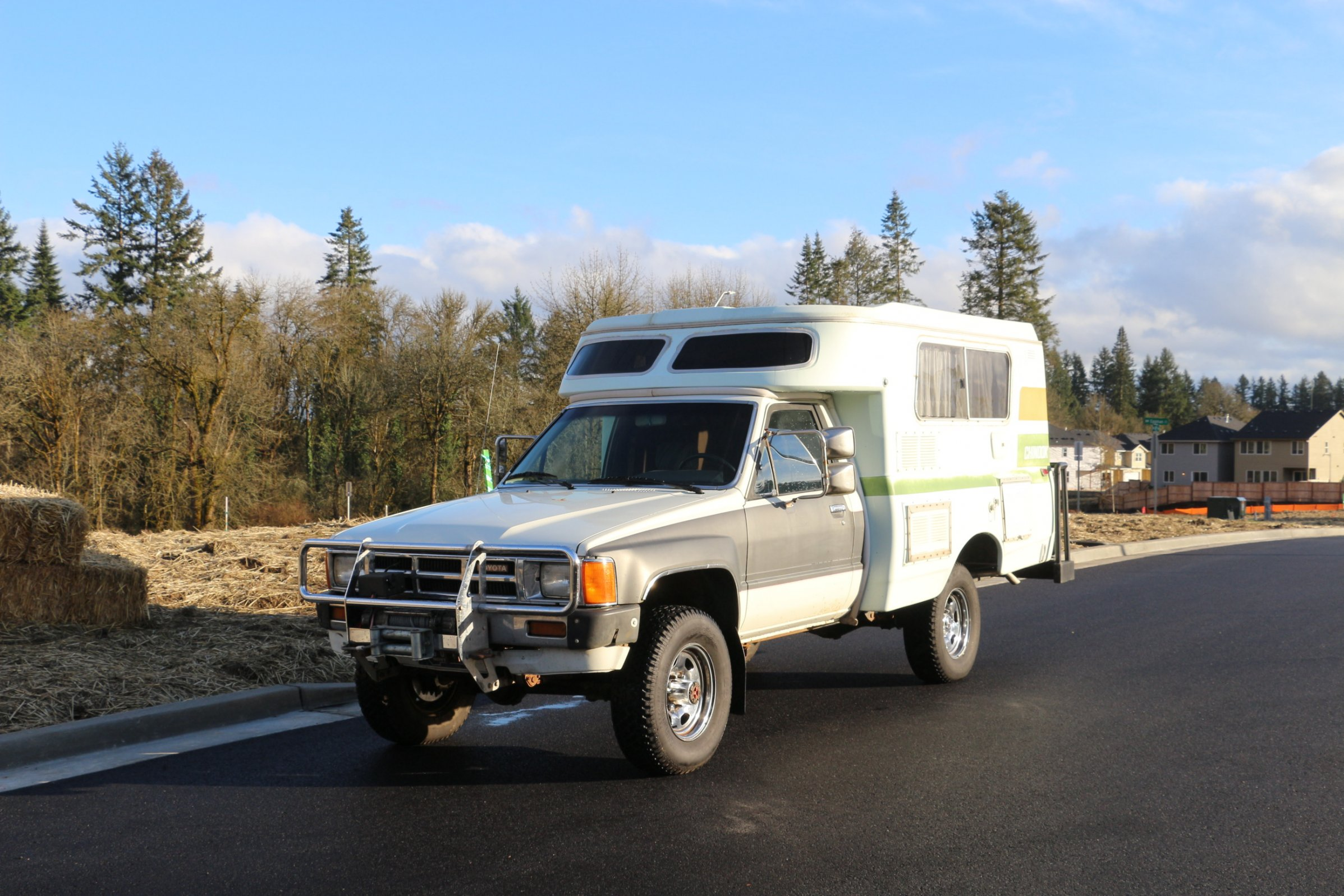 1984 toyota chinook camper 4x4 click image for larger version name img_1908 jpg views 551 size