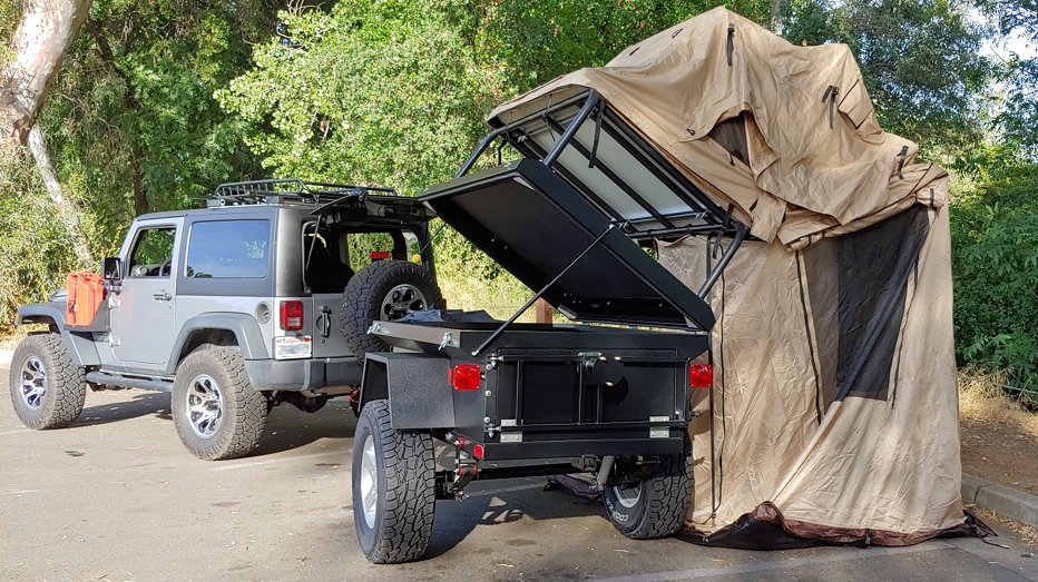 rear with tent up_and annex deployed_trailer open_1LR.jpg