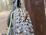 fat-bike-tire-puncture2.jpg