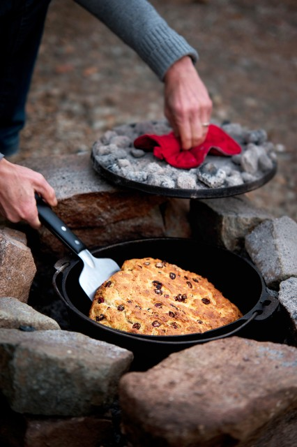 DUTCH-OVEN-UNCROPPED-3
