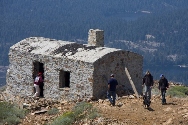 Sierra Trek Press Image 025