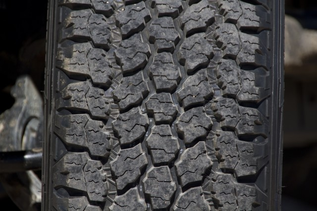 14Summer_Tire_Goodyear 002