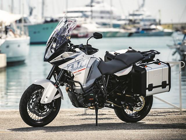 KTM-1290-SUPER-ADVENTURE_MY2015_web