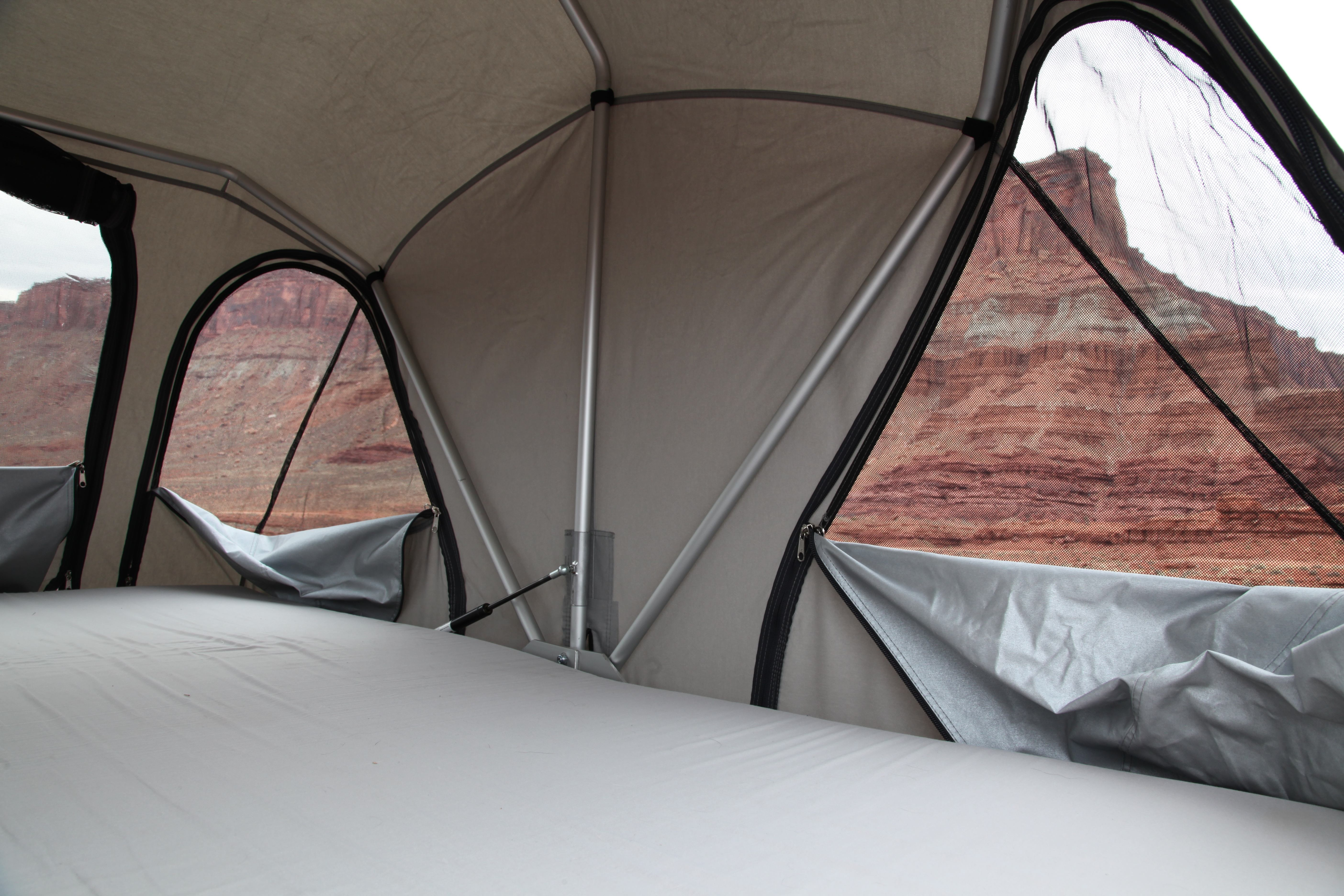 The light colored interior combined with the oversized windows makes for a nice habitat unlike many tents which can be dark and dreary. & Field Tested: James Baroud Horizon Vision (part 2) u2013 Expedition Portal