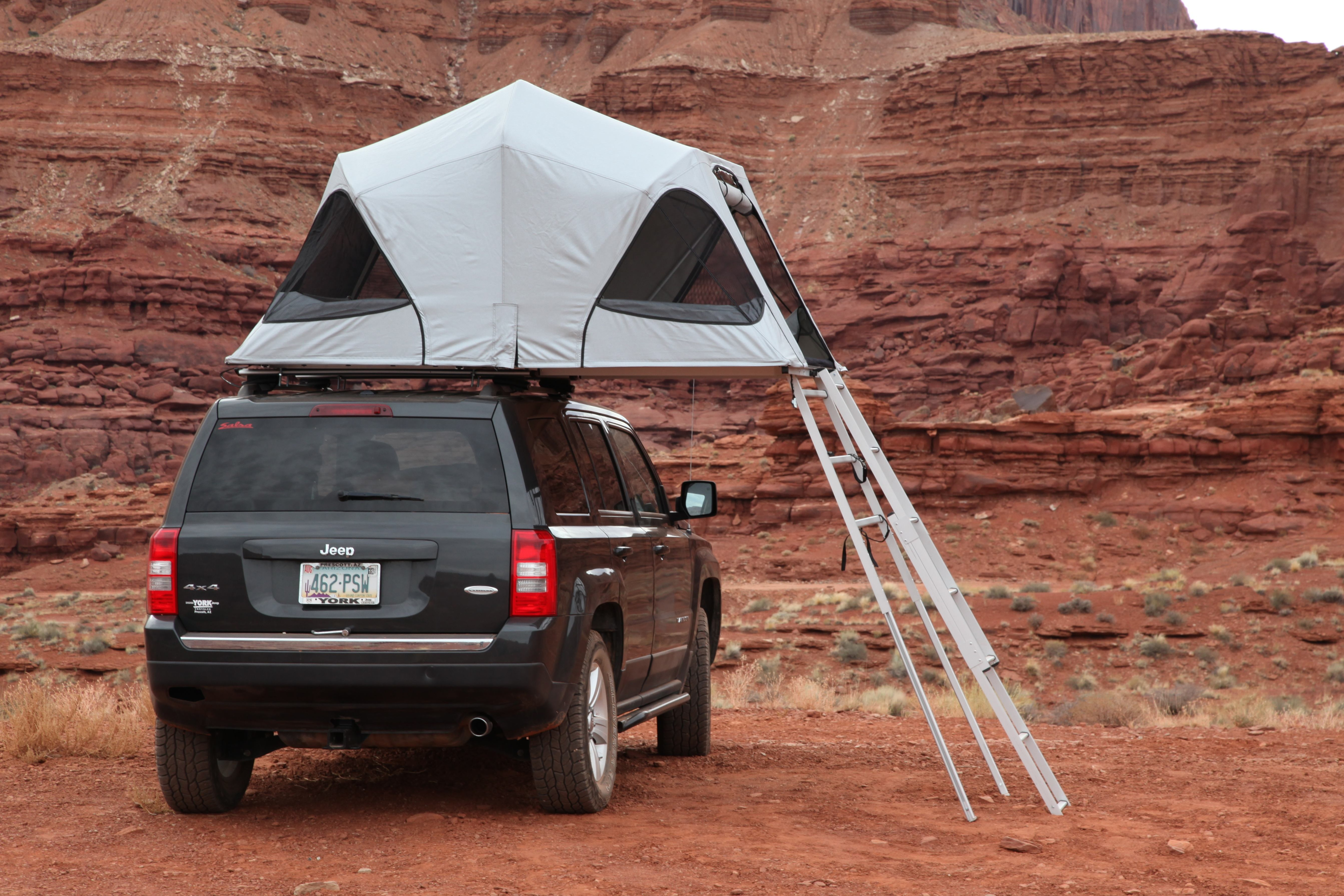 In their pursuit to make tents worthy of the most offending environments each James Baroud tent is wind tested to speeds up to 70 mph. & First Impressions: James Baroud Horizon Vision Roof Top Tent ...