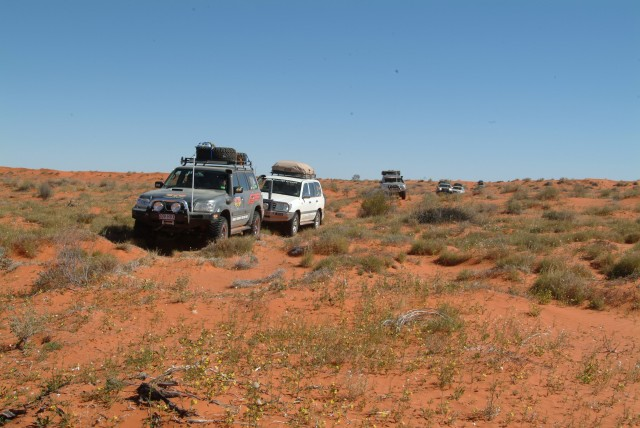 06-Cross country in northern Simpson Desert