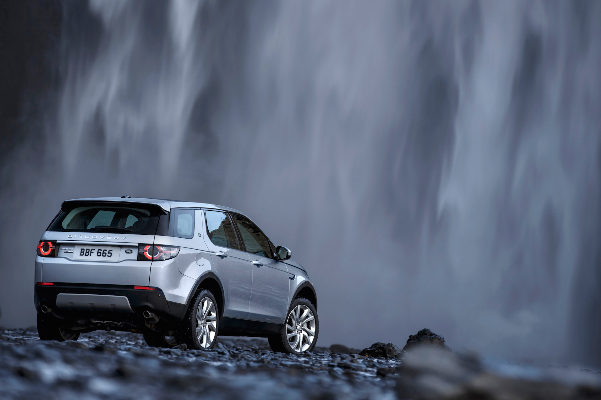 Discovery Sport Wallpaper Android: The Land Rover Discovery Sport
