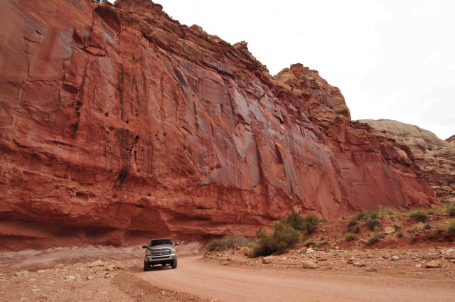 CR3-Road thru Capitol Gorge was once only way thru rugged range