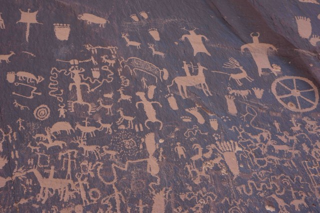 Moa6-Newspaper Rock is filled with the pecked rock art of the original inhabitants of the region