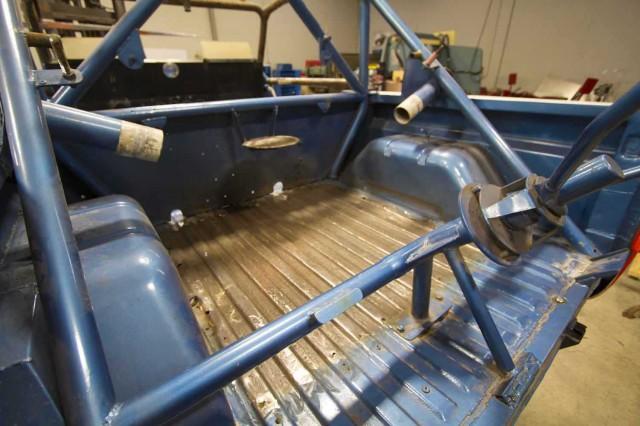 ORMHOF Bronco basket case 002