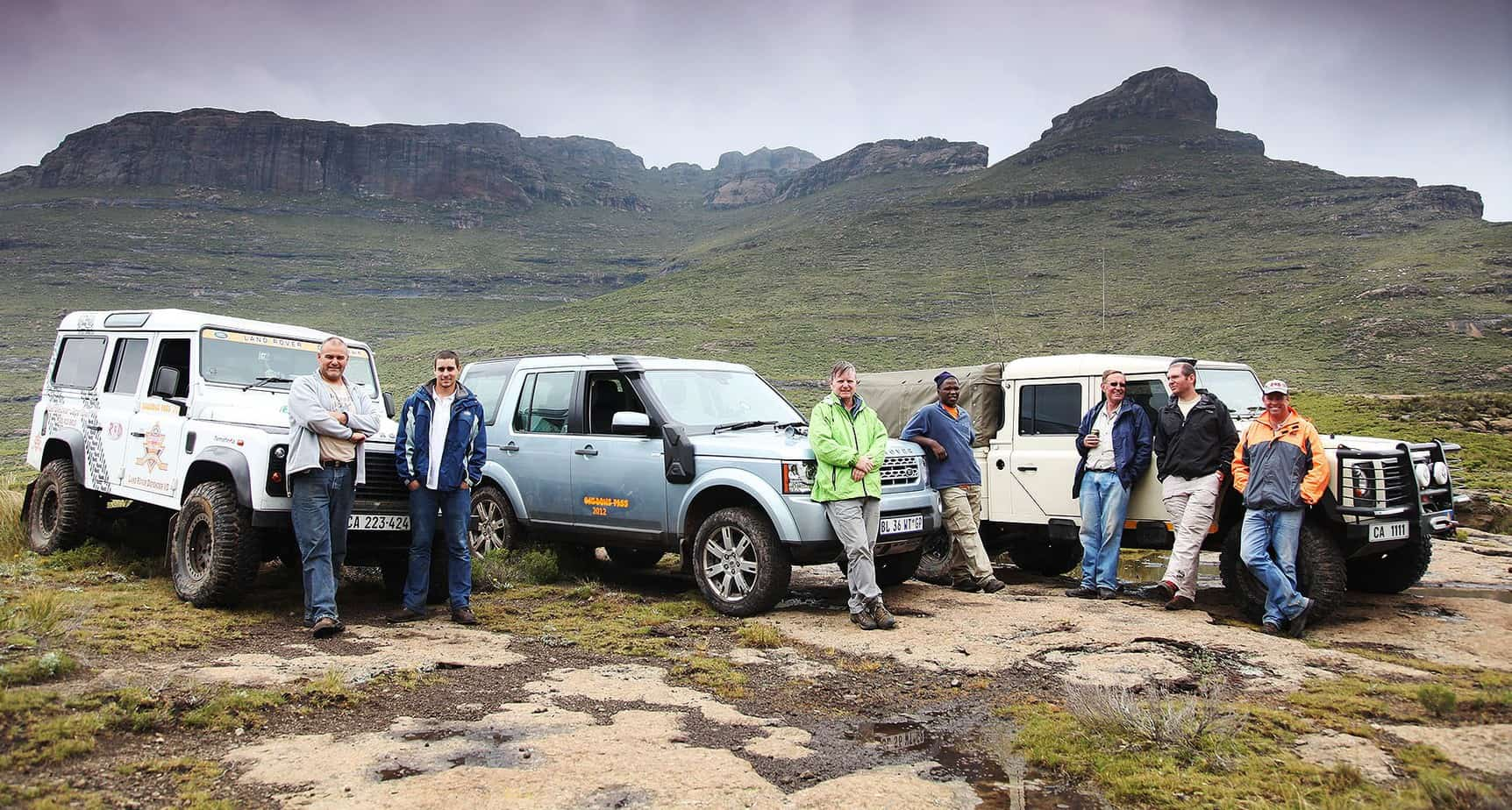 An LR4 on Southern Africa's most challenging public road – and all to prove a point.