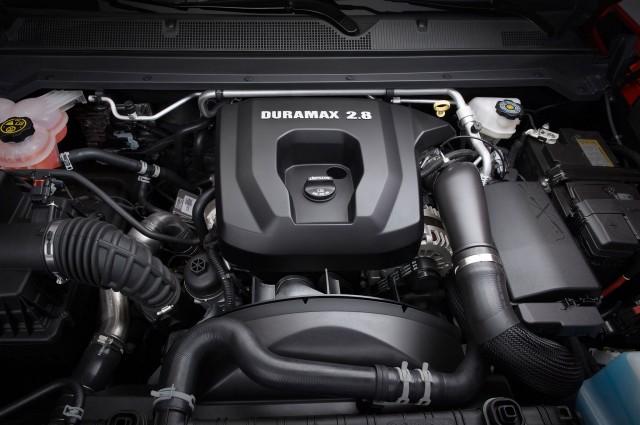 2016-chevrolet-colorado-duramax-turbodiesel-engine