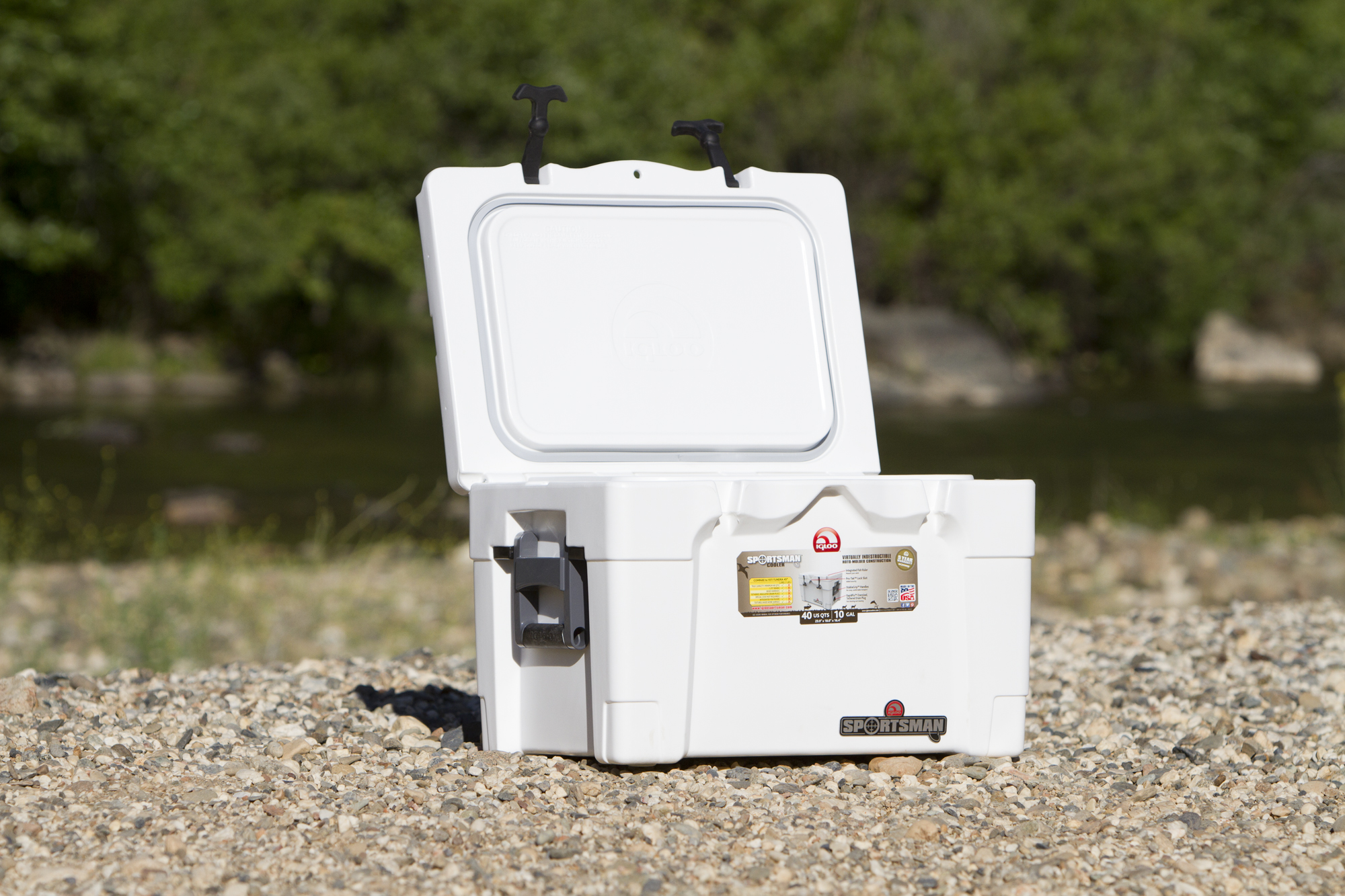 15Fall_Coolers - Igloo Sportsman 40 - 002