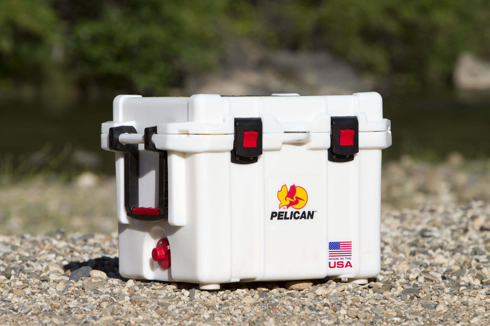 15Fall_Coolers - Pelican 001