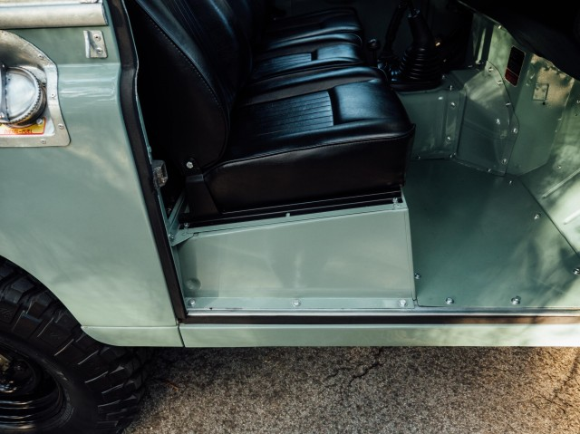 Coolnvintage Land Rover Serie III (9 of 39)-2