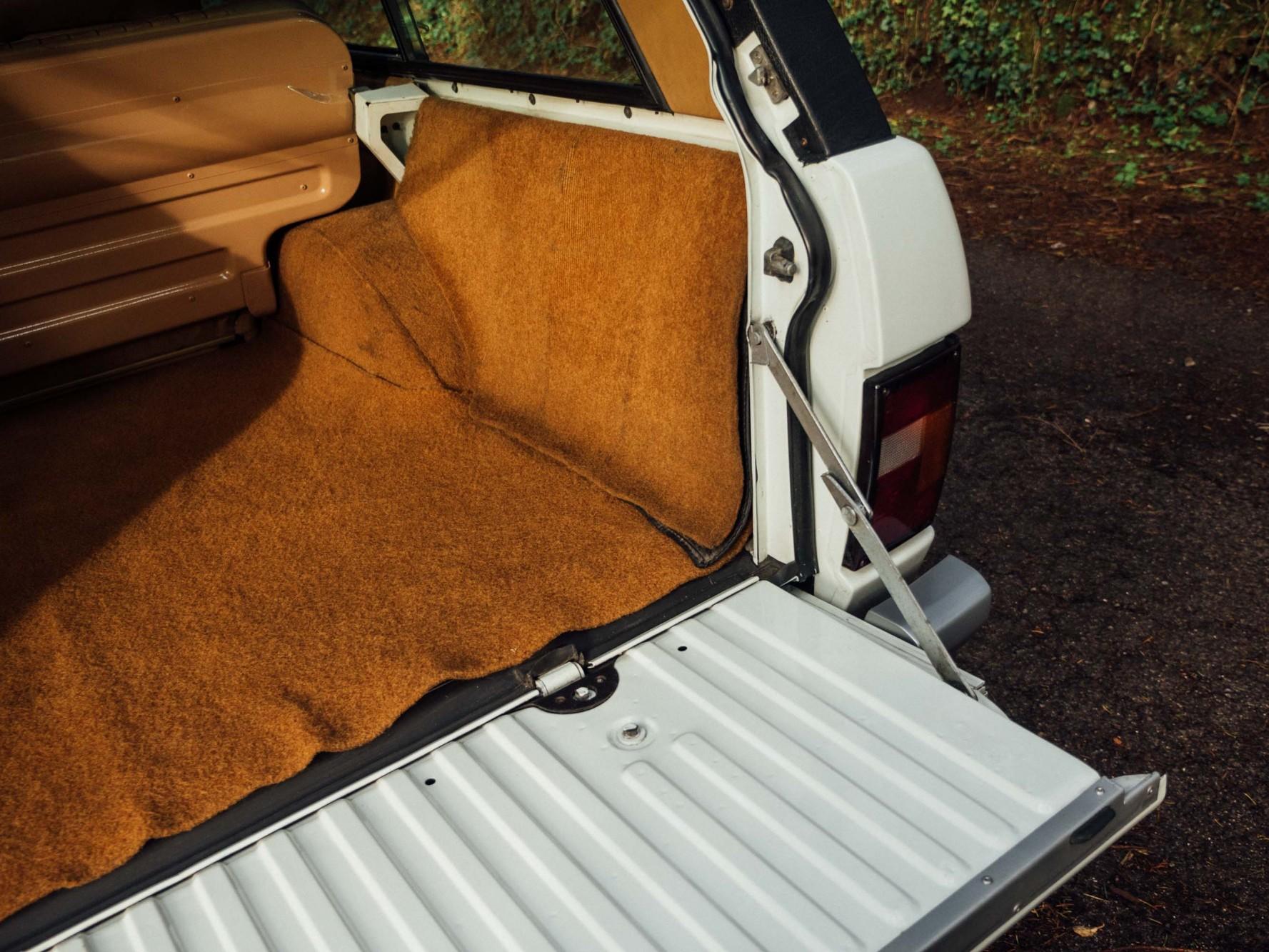 Coolnvintage Range Rover V8  (28 of 37)