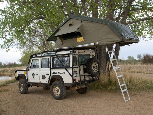 XKLUSIV 4 : 4 person rooftop tent - memphite.com