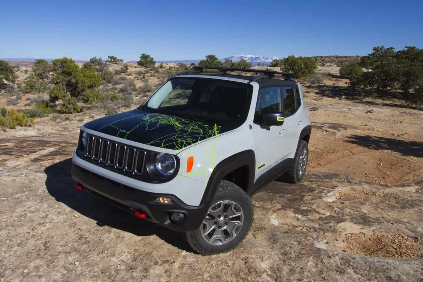 Jeep Renegade Commander 010