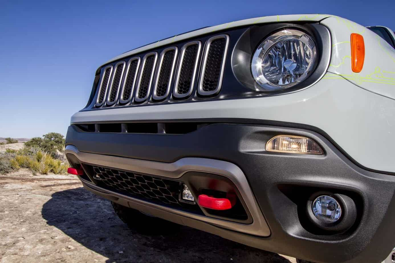 Jeep Renegade Commander 013