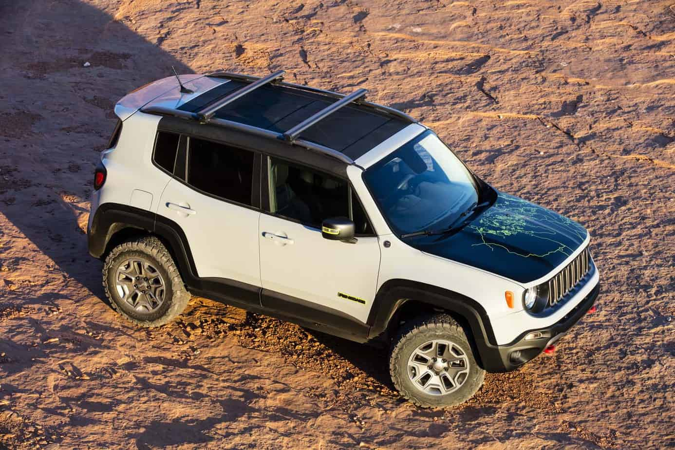 Jeep Renegade Commander 020