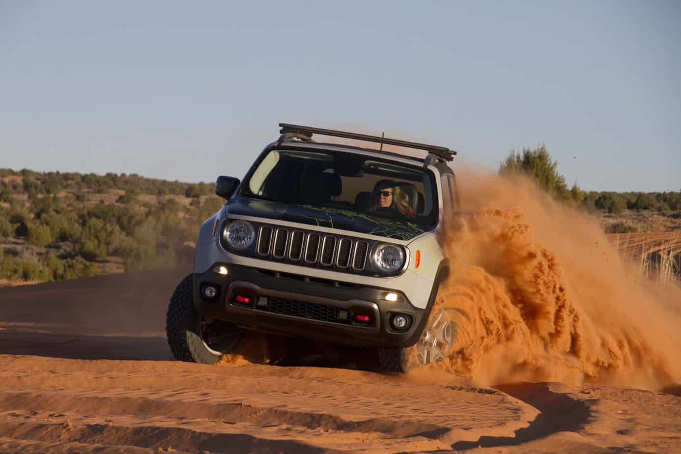 Jeep Renegade Commander 027