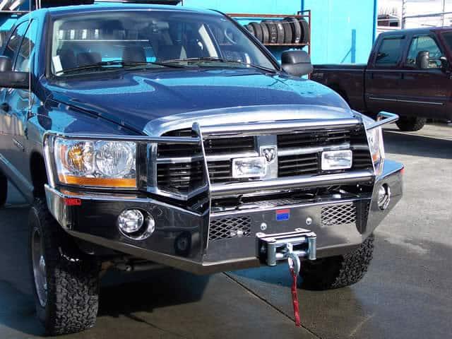 Reunel Dodge2
