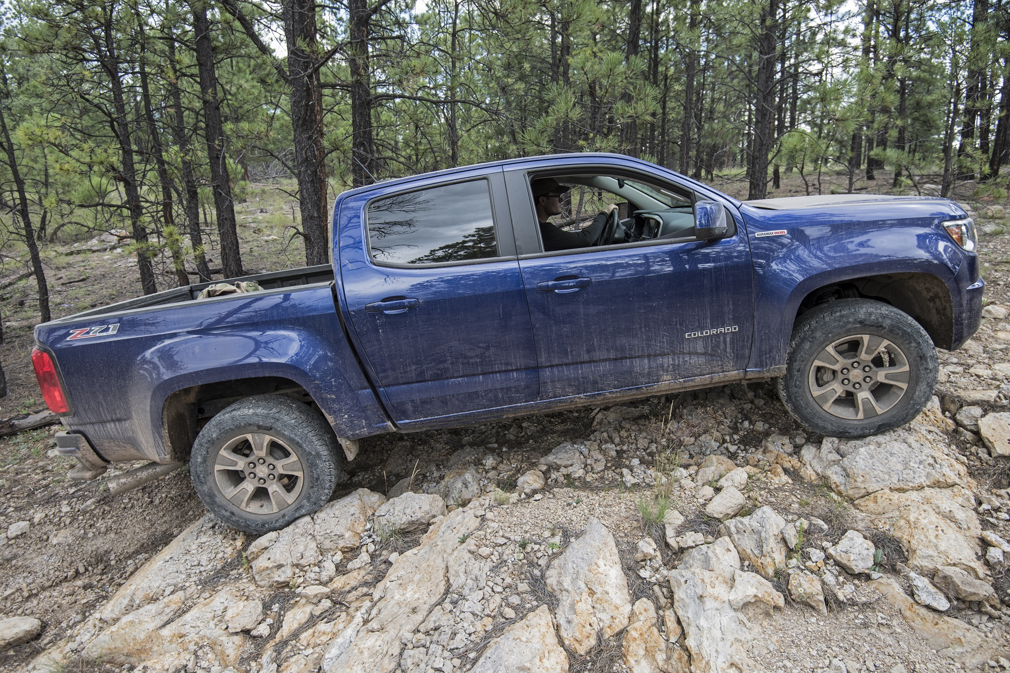 Instead of piloting this pristine loaner down some well known local trails we would throw it head long into a real North American overland situation. & Off-Road Review: Chevrolet Colorado Diesel u2013 Expedition Portal