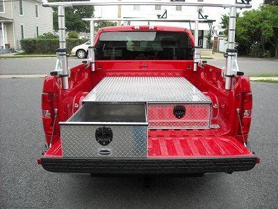Truck-Tool-Box in truck