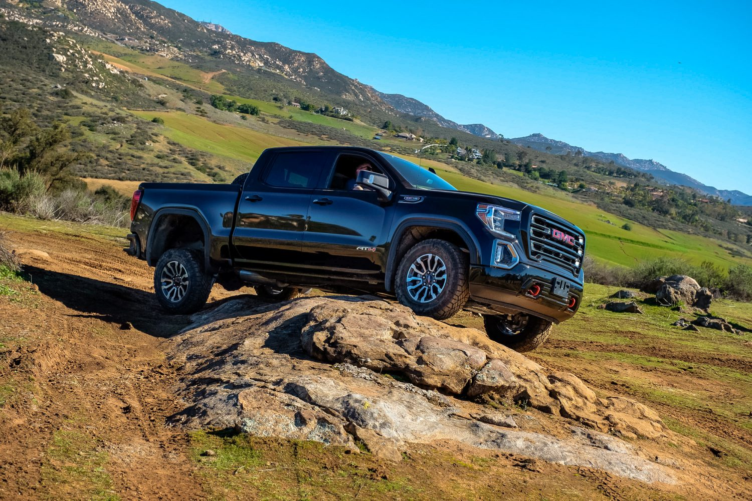 Gmc S At4 Brings Competition To Trd Pro Tundra Ram Rebel And Titan Pro 4x Expedition Portal