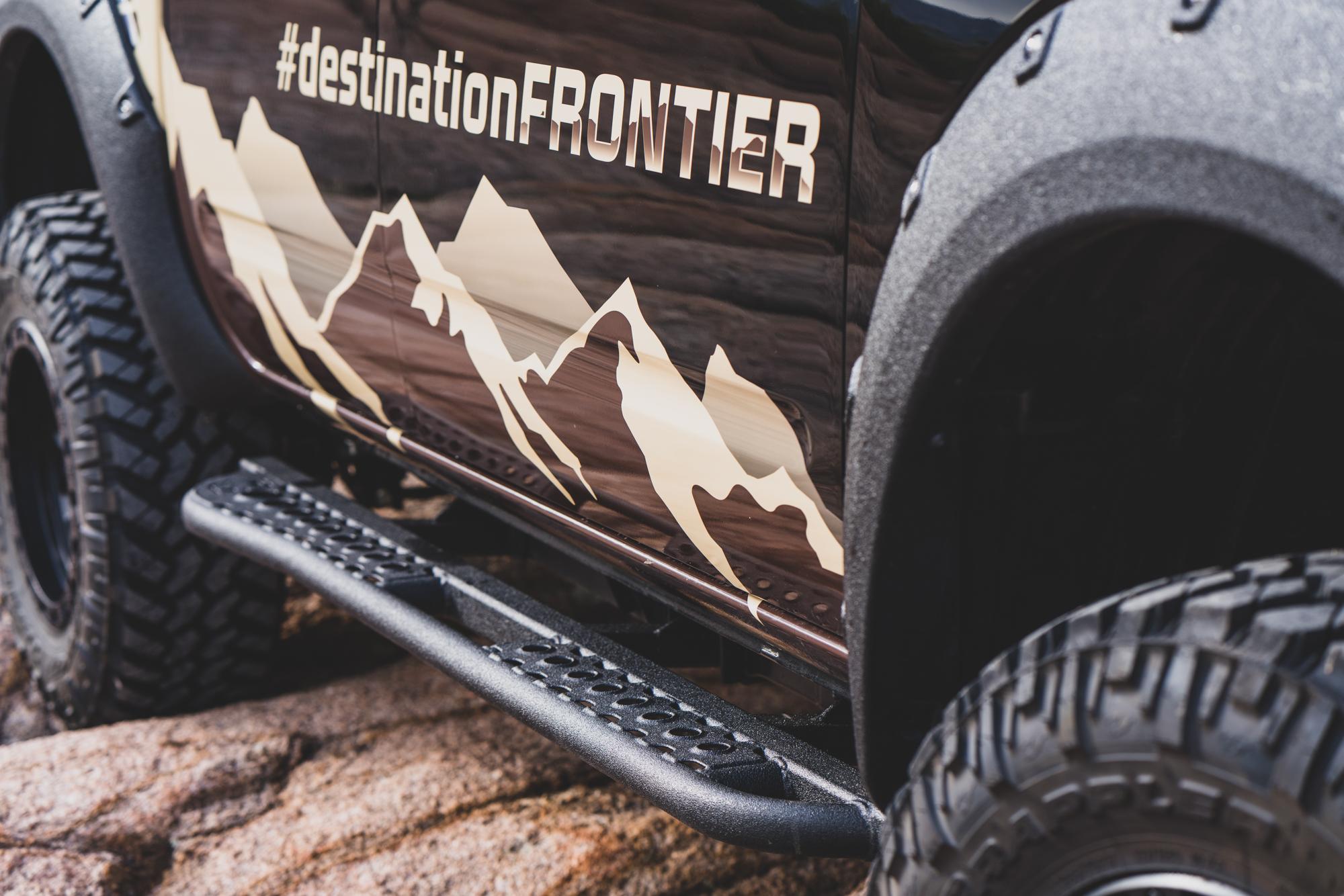 Nissan Destination Frontier Rock SLiders