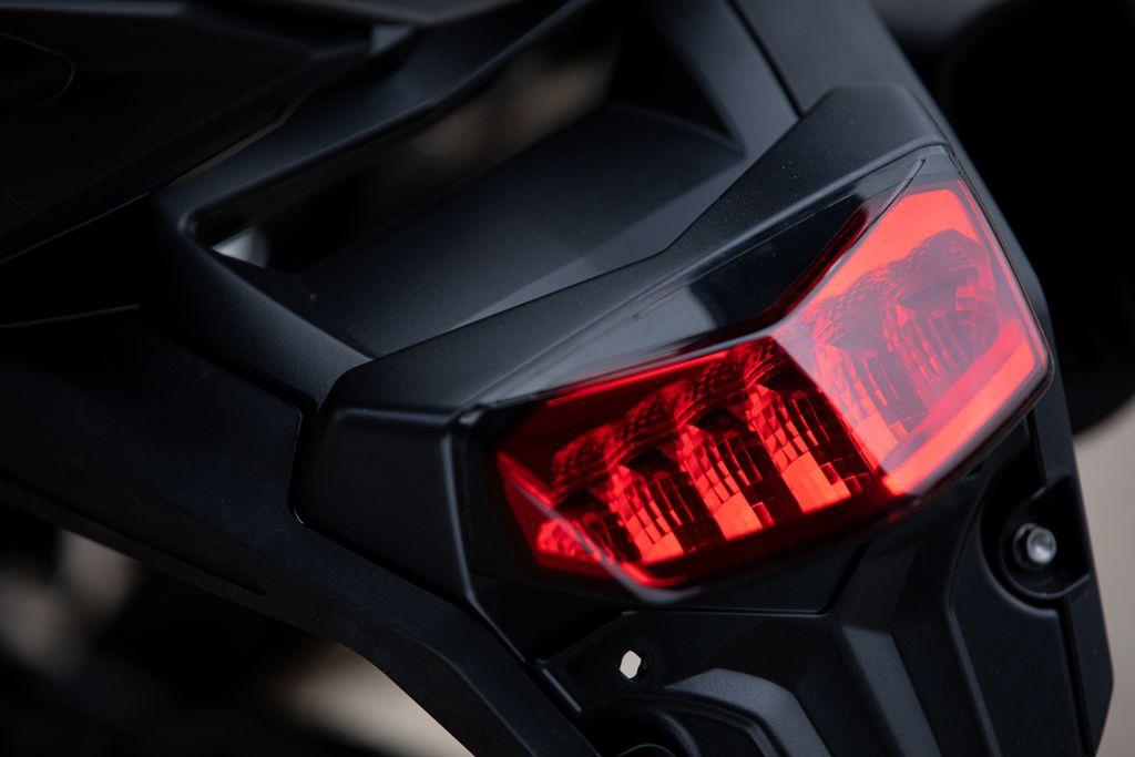 triumph tiger 850 sport adventure bike LED lights