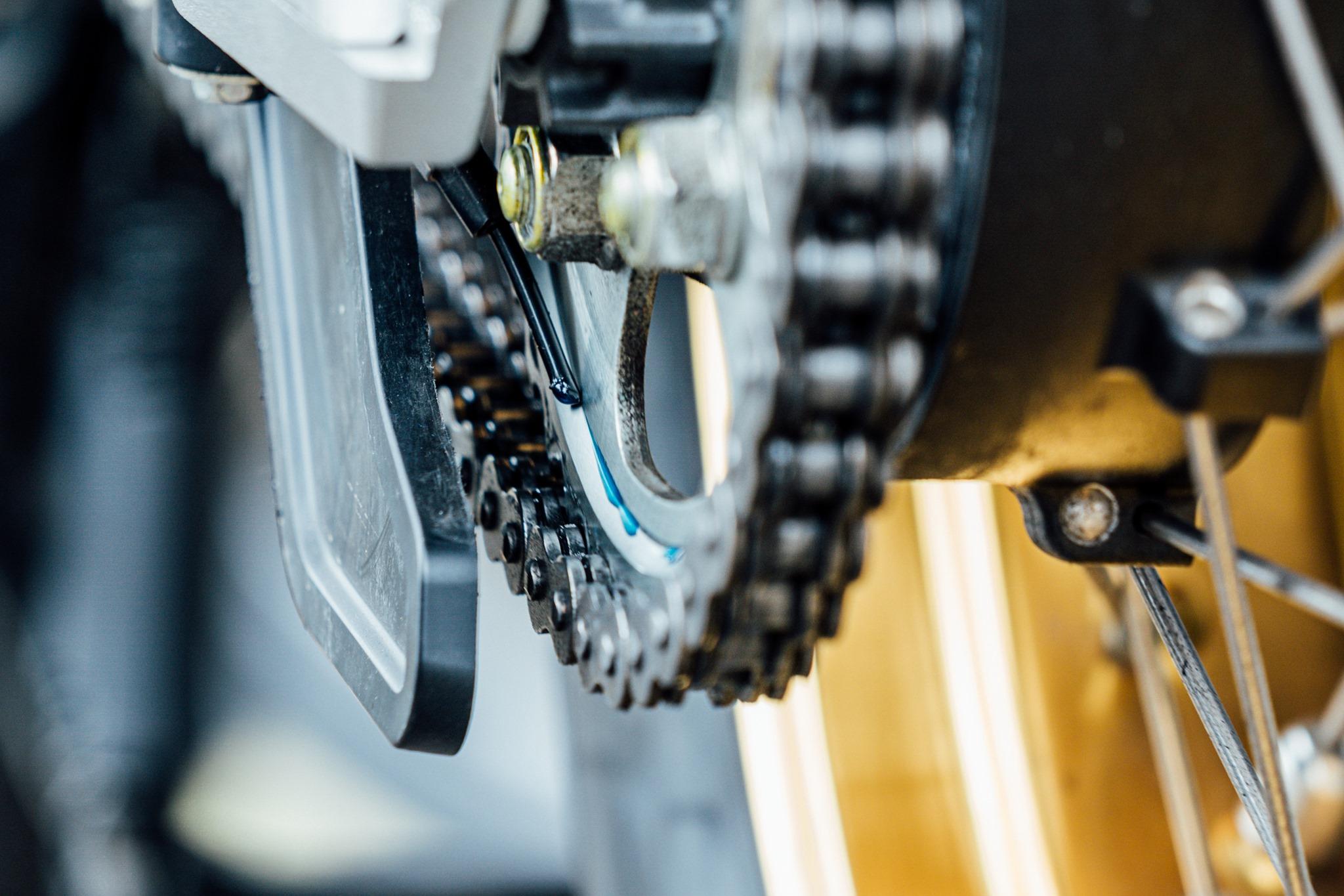 chain auto-oiler