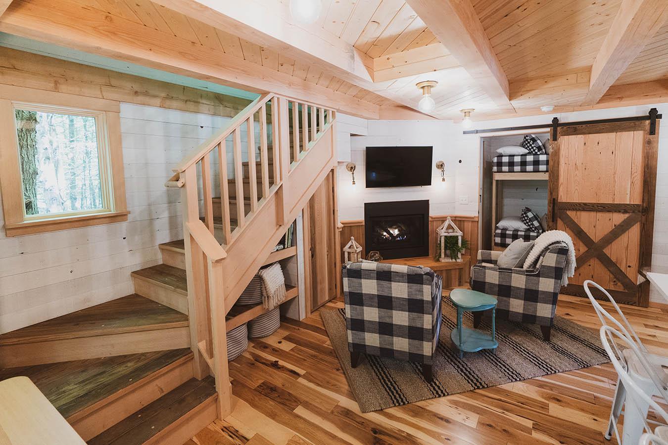 Woods treehouse 2