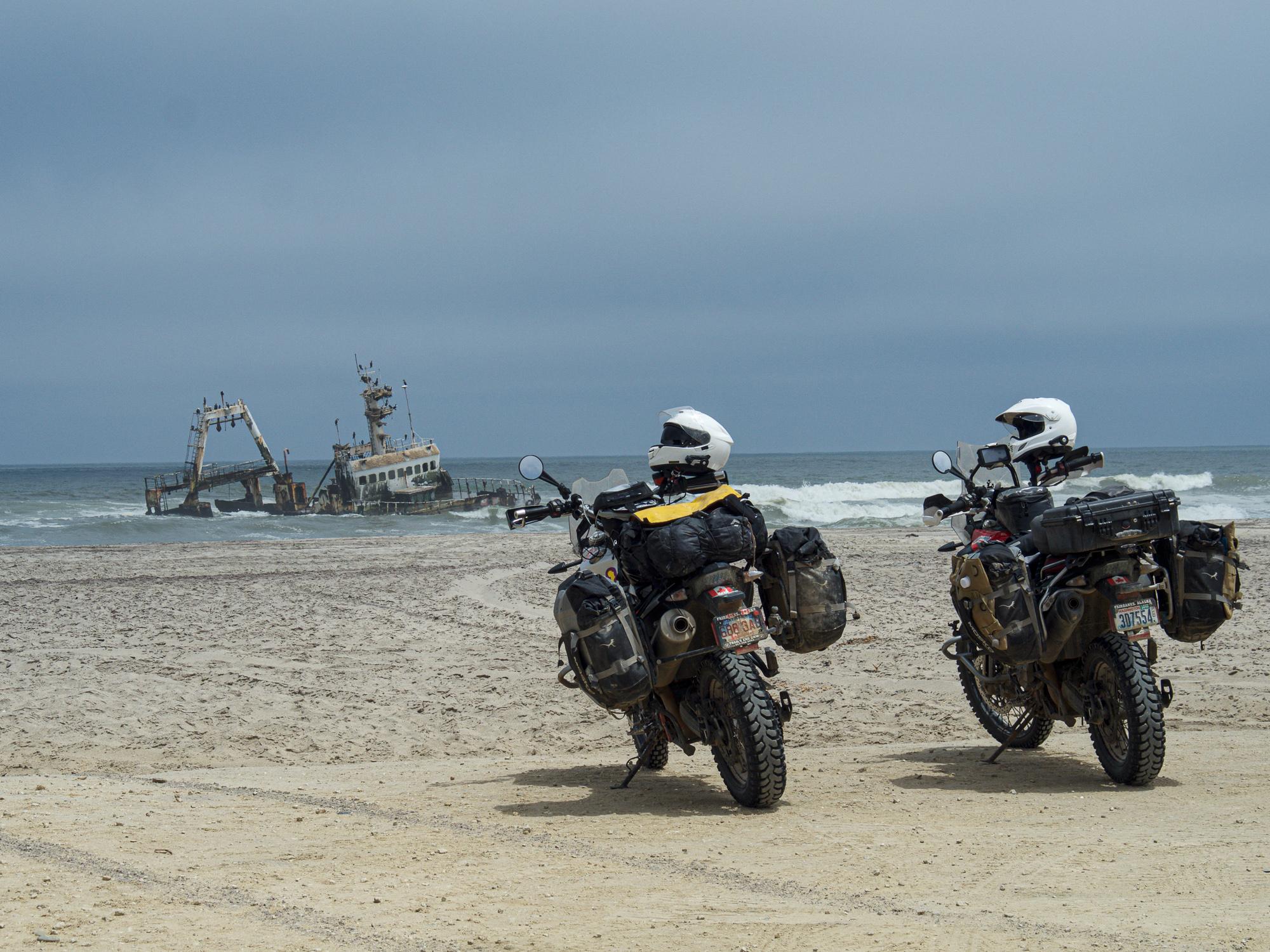 riding full circle skeleton coast